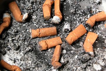 moria di sigarette