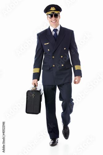Pilot - 40522146