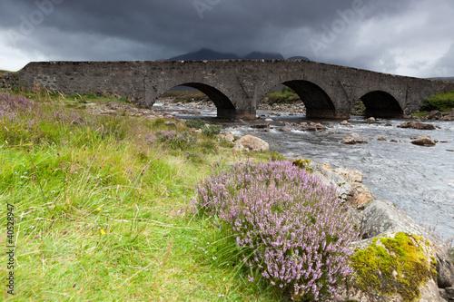 Sligachan rzeka i stary most,