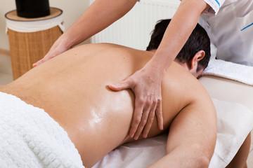 Massage in a beauty salon