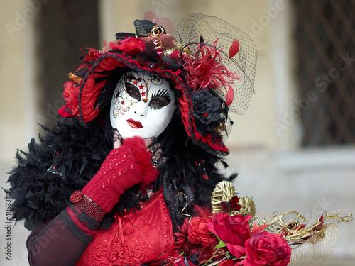 Costume in Venice carnival - 40533112