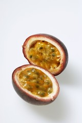 Passion fruit (Purple granadilla), halved