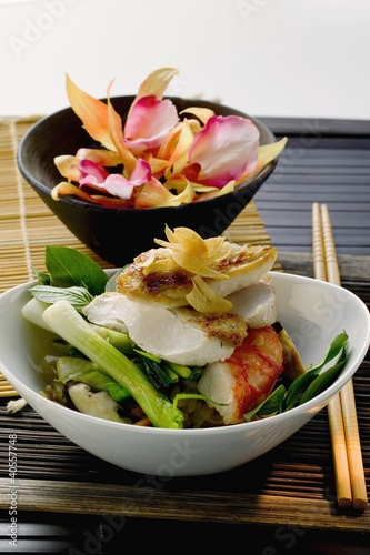 Chicken breast and shrimp on vegetables (Indonesia)