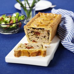 Pork pie with pesto