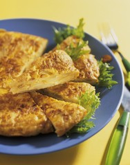 Tortilla española (Spanish potato tortilla)