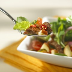 Fruity beef salad