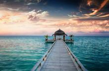 Coucher / Lever de soleil aux Maldives Jetty / Malediven