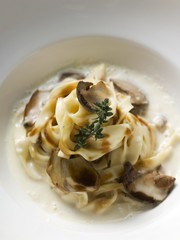 Ribbon pasta with ceps and cream sauce