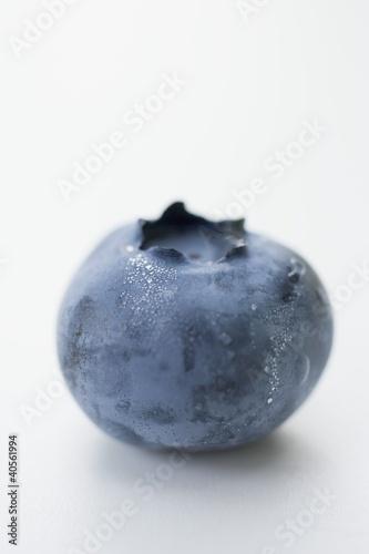 A blueberry (close-up)