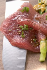 Beef carpaccio with asparagus