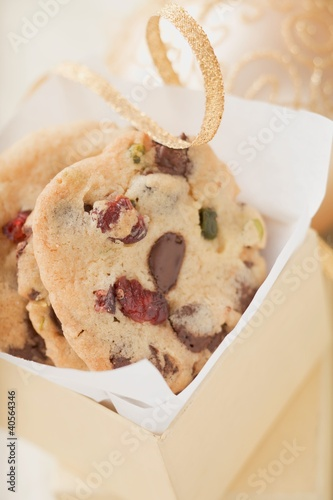 Chocolate chip cookies with cranberries to give as a gift
