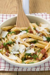 Penne with dried tomatoes, pine nuts and Parmesan