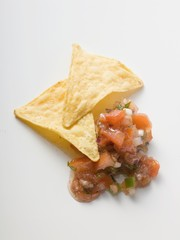 Nachos with tomato salsa