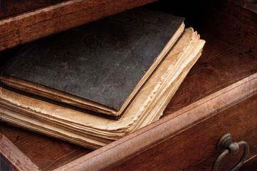 vecchi manoscritti