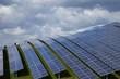 Leinwanddruck Bild - Photovoltaik mit Solarzellen und Solarmodulen