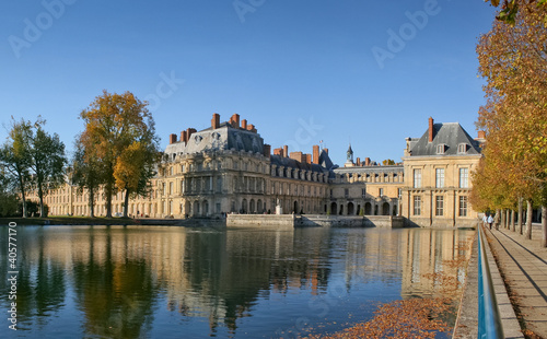 Lake view of the Fontainebleau Castle