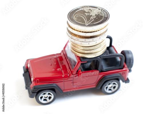 transport de fonds véhicule rouge