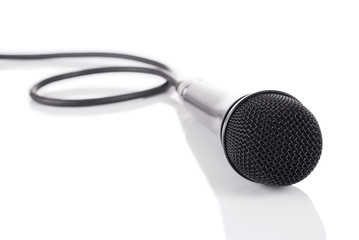 Microphone on mirror floor