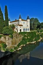 Castello di Cabezac, Bize - Linguadoca, Francia