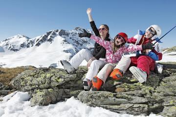Joie vacances d'hiver en montagne