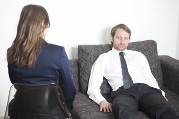 Geschäftsmann bei Psychoanalyse