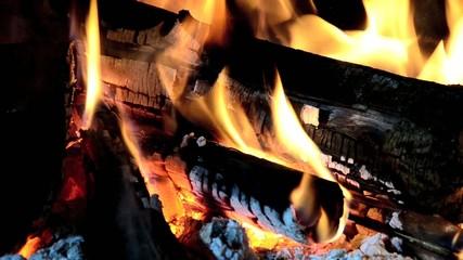 fuoco fiamma legna