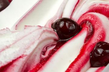gelato all'amarena
