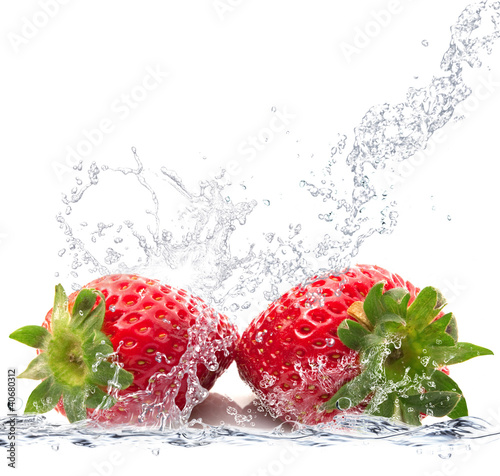Foto op Plexiglas Opspattend water fragole splash