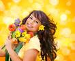 hüpsches Mädchen mit Frühlingsblumen / it's spring 7