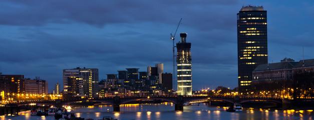 Londra, sky line notturno