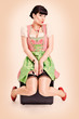pin up girl im Dirndl
