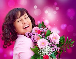 Frau freut sich über Blumen / it's spring 12