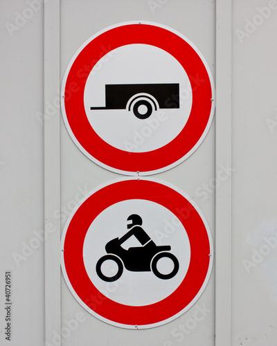 Fahrverbot für Anhänger und Motorräder