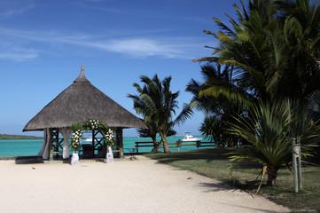 Hochzeitspavillon am Strand von Mauritius