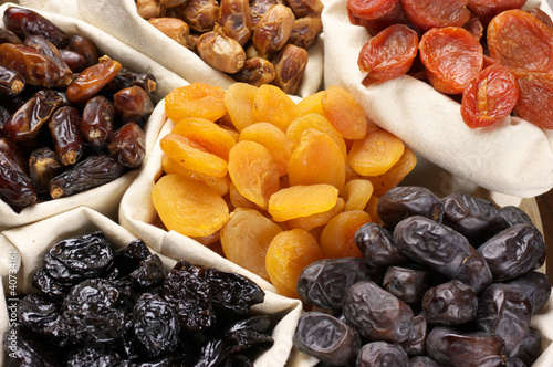 suszone-owoce