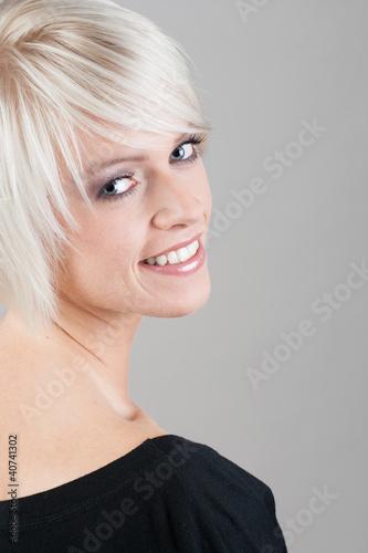 Sympathisches Lächeln