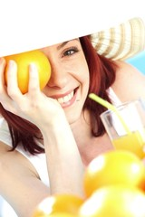 hat and fruit juice