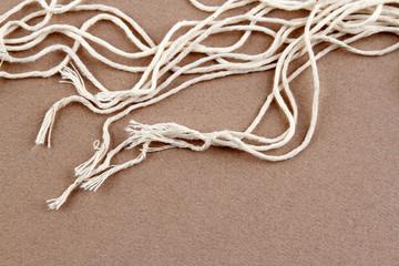 Loose strands