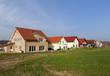 Neue Einfamilienhäuser im Vorort
