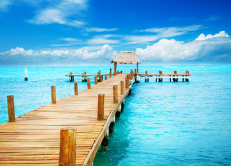 Vacation in Tropic Paradise. Jetty on Isla Mujeres, Mexico © Subbotina Anna
