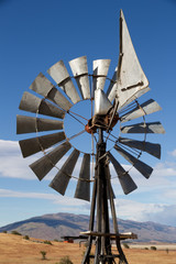 Windrad in der Prärie
