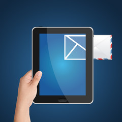 Digital tablet PC with incoming mail icon