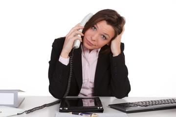 verständnislos am telefon