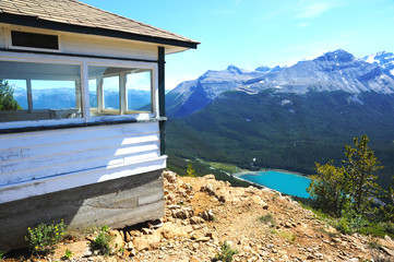 Paget Lookout with Wapta Lake in the background