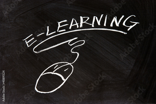 E-Learning and a mouse sign