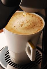 Kawa cappuccino z ekspresu