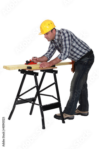 Carpenter sanding