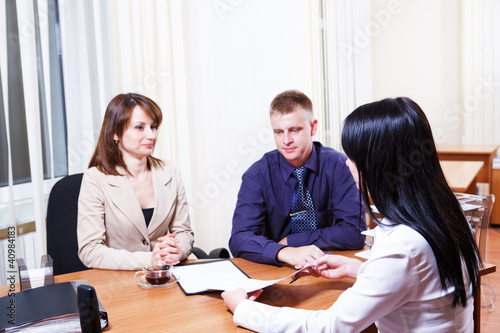 Customers discussing contract
