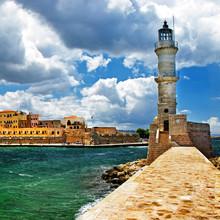 Latarnia morska w porcie Chania, Kreta, Grecja