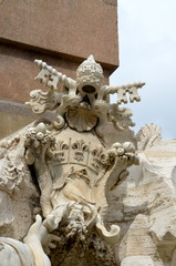 Stemma Papale, Fontana dei Quattro Fiumi, Roma